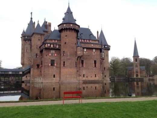 Kasteel de Haar - a quick detour and you'll find one of the most beautiful castles in the country.